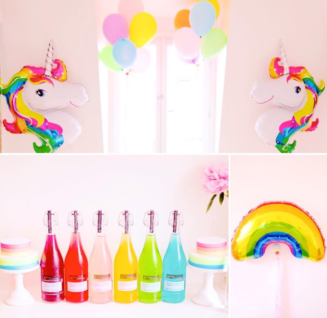 UNICORN PARTY Rainbows forever Perfect rainbow bottles treasure from @kajsadaisyparis Neon rainbow cake dummies waiting for little unicorns to decorate them with pastel candies And for once, Mylar ballons #unicorn #unicornparty #licorne #kidsdecor #kidsparty #eventdesign #eventdecor #lilibergmann #lilibergmannstudio #rainbow